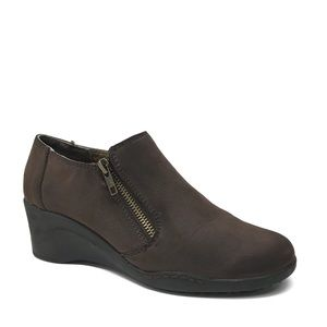 AEROSOLES Brown Ankle Boots 7